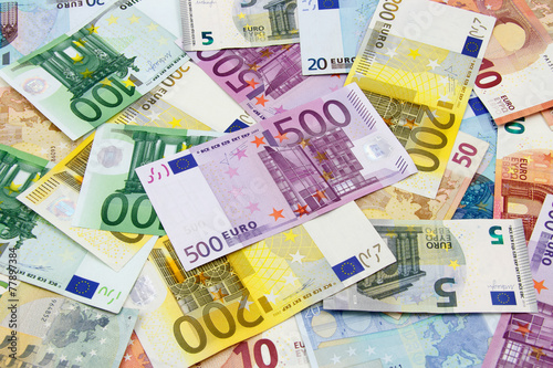 Leinwanddruck Bild Different Euro banknotes from 5 to 500 Euro
