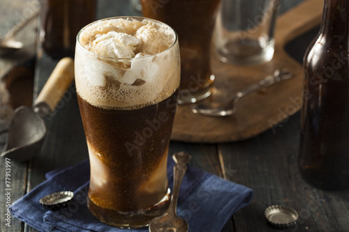 Frozen Dark Stout Beer Float - 77913997
