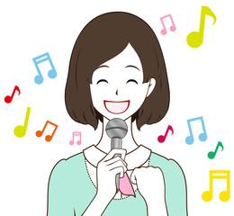 女性 歌う 笑顔