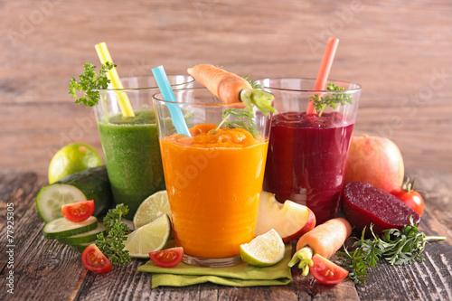 health vegetable juices - 77925305