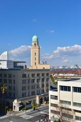 晴れた日の横浜税関(クイーンの塔)