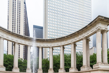 Fountain by Columns in Chicago Park