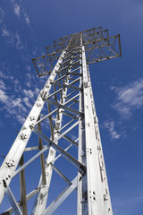 electricity transmission towers without wires