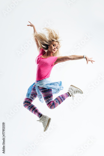 Aluminium Dans the dancer