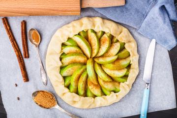 Making apple galette