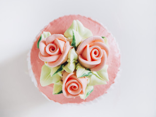 Wedding Cup cake dessert with Rose and flower decoration Top vie