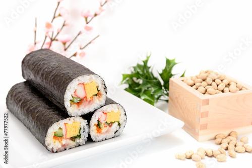 海鮮巻き寿司と大豆