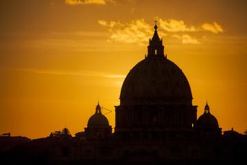 Cupola di San Pietro al tramonto