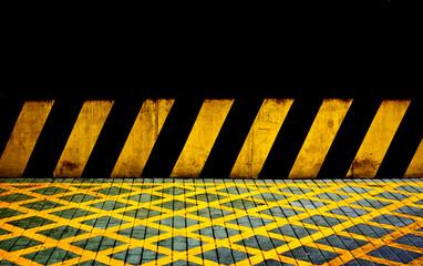 Lineas amarillas y negras