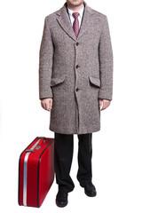 kırmızı bavullu adam