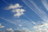 trainées de condensation d'avions