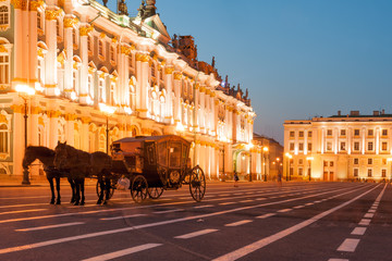 Horse-drawn carriage by the Winter palace on Palace square