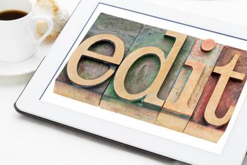 edit word in wood type