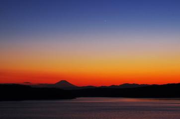 狭山湖から富士山