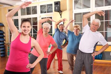 Aerobic bei der Seniorengymnastik