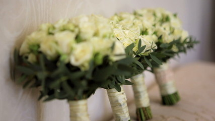 wedding bouquets of roses