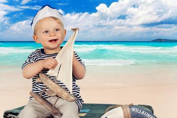 Seemann am Strand