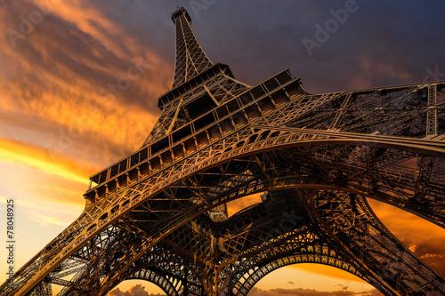 Super wide shot of Eiffel Tower under dramatic sunset - 78048925