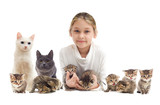 child and kittens - 78053548