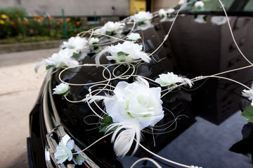 Car decked with flowers for your wedding