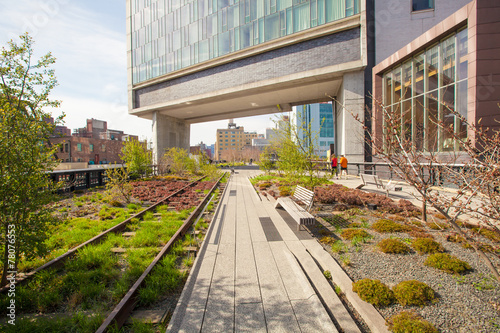 Foto op Aluminium Stad aan het water The High Line popular linear park built on the elevated train
