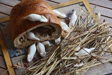 Brot mit Gummimäusen