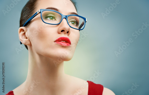 canvas print picture wearing glasses