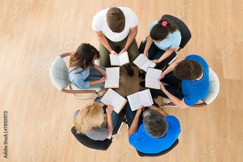 People Reading Bible - 78101973