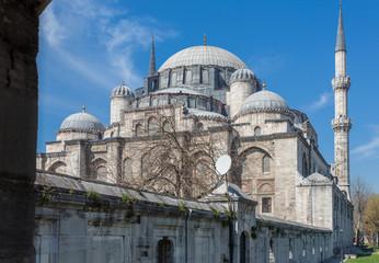 Side view of Süleymaniye mosque, blue sky