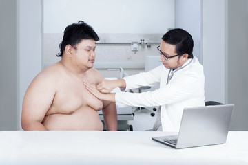 Fat man check up to doctor 1