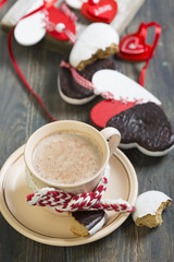 Gingerbread heart and a cup of cocoa.