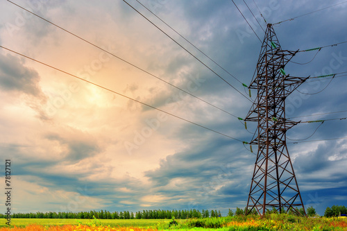 High voltage line and thunderclouds - 78127121