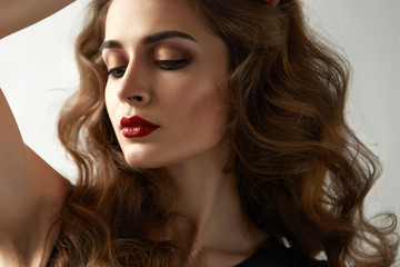 Beauty sexy woman evening makeup perfect curly hair