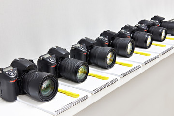 Reflex digital cameras in the classroom photoschool