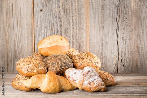Staande foto Brood verschiedene Sorten Brötchen