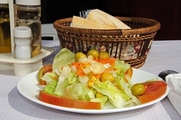 Mixed salad with bread © Arena Photo UK