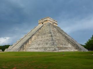 Chitchen Itza pyramid