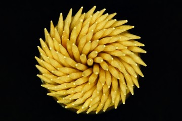 cocktail sticks in a circle 1