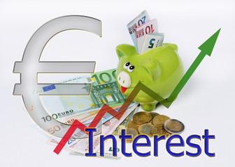 Sparschwein mit Grafik und Euro Münzen und Scheinen