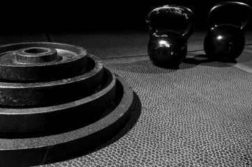 sTacked plates with kettle bell