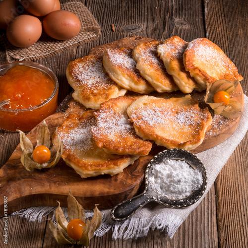 Fototapeta racuchy - Polish yeast pancakes
