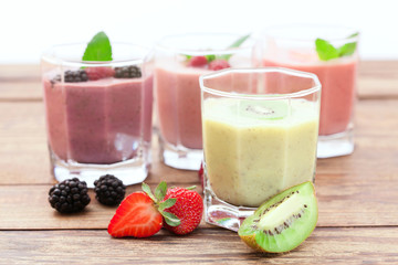 Summer berries smoothie with mint