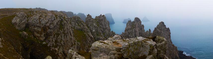 Pointe de Camaret dans le brouillard