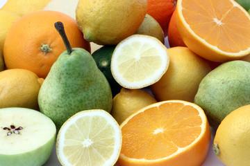 Früchte  / Obst