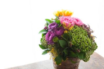 お祝いのバラの花束