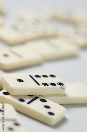 domino pieces - 78248722