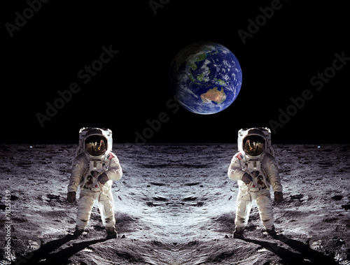 Leinwandbild Motiv Astronauts Moon Landing Earth