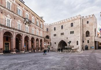 Fabriano, piazza alta, Italia
