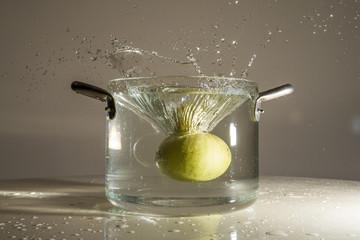 Tuffo in acqua limone