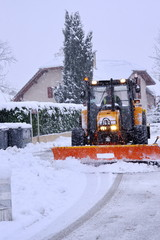 tracteur chasse neige